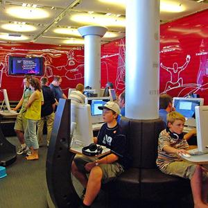 Интернет-кафе Тоцкого